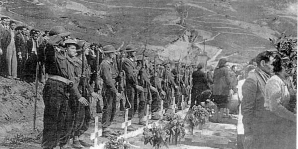 Cimitero del Gruppo Friuli nel 1945