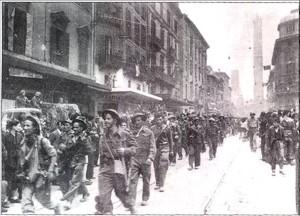 Alle prime luci dell'alba del 21 aprile 1945 entra in Bologna liberata l'87° Rgt. fanteria del Gruppo di combattimento FRIULI