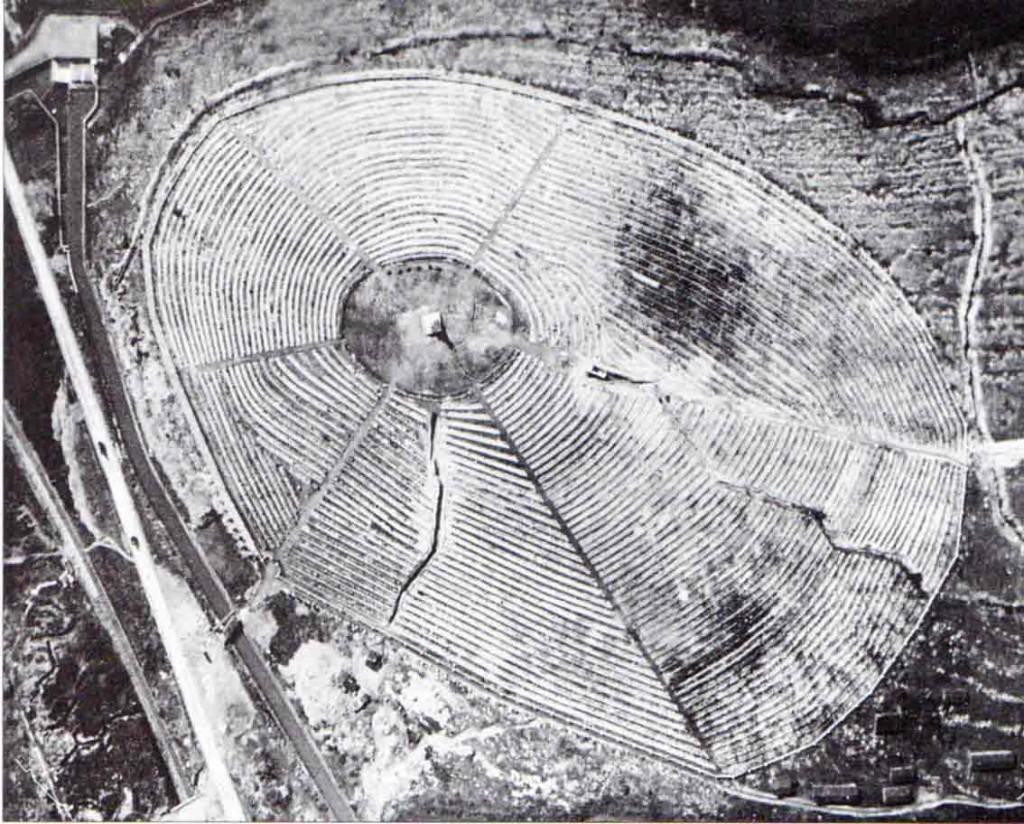 Veduta aerea del cimitero degli Invitti, 1923