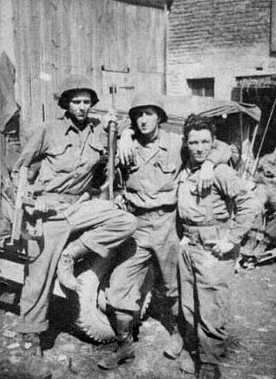 Joe FOURNIER, Johm MORAEL, Ed GARROW