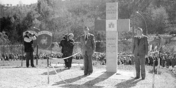 """La Stele in Memoria del """"FRIULI"""""""